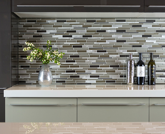 Eleganza Glass Mosaic Centauri Zeta backsplash